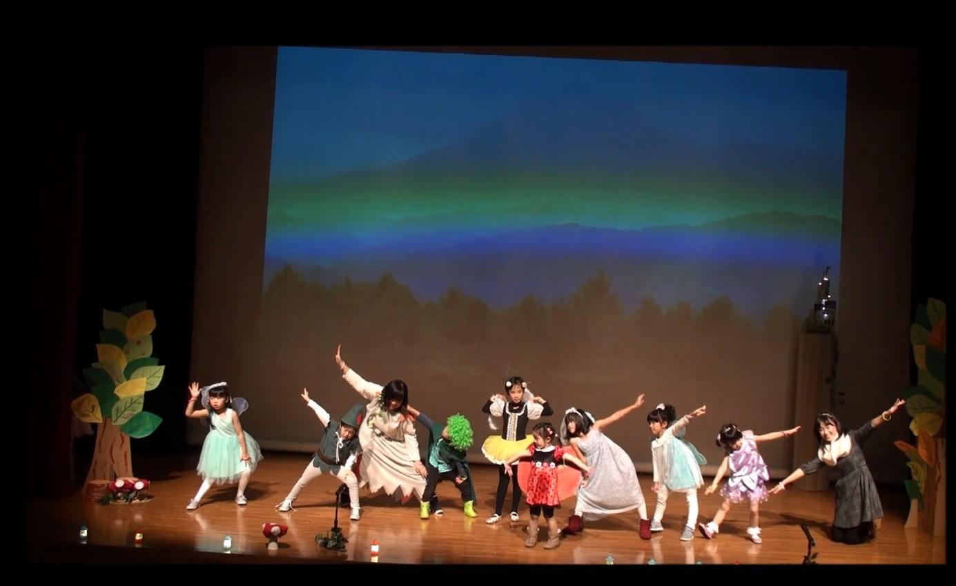 元気いっぱい楽しく歌って踊りました~♪
