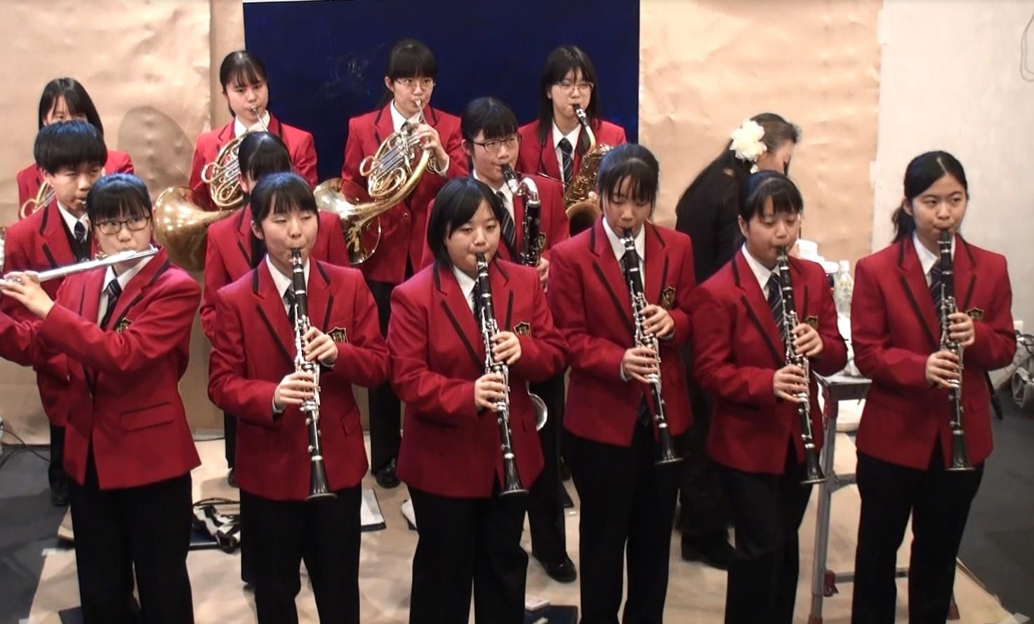 演奏:静岡県富士見中学校・高等学校 吹奏楽部